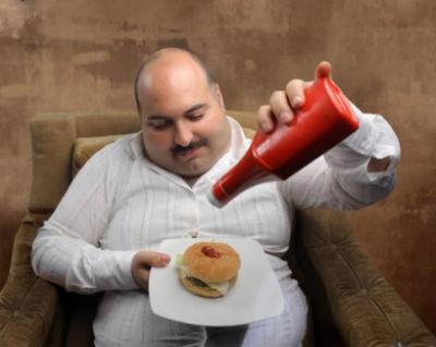 Тошнота после еды - причины, профлактика и лечение